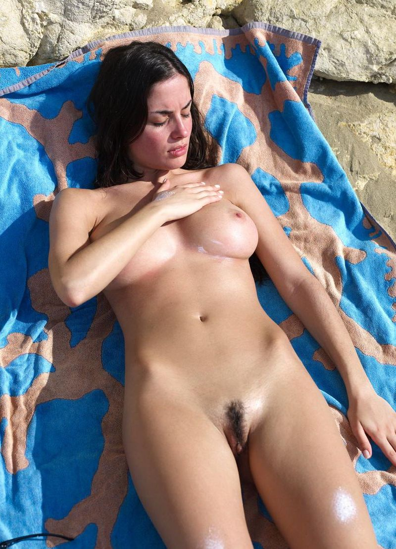 porn star naked threesome