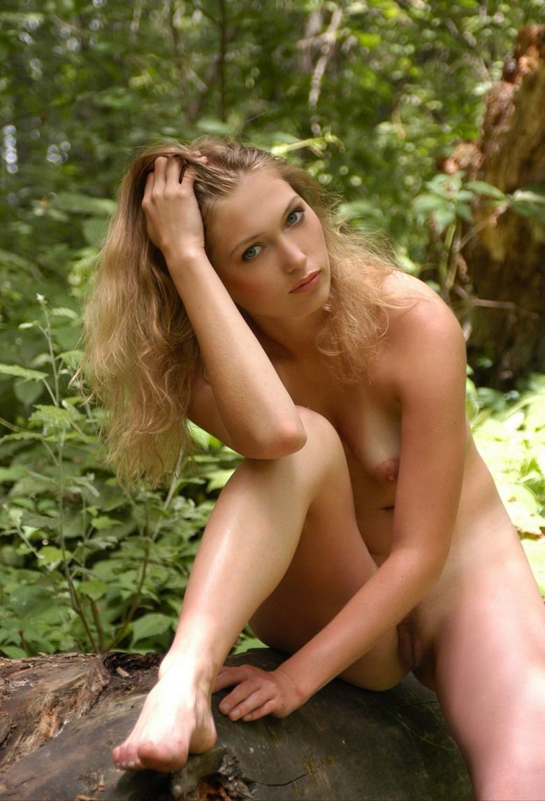 strawberry blonde nude in the woods