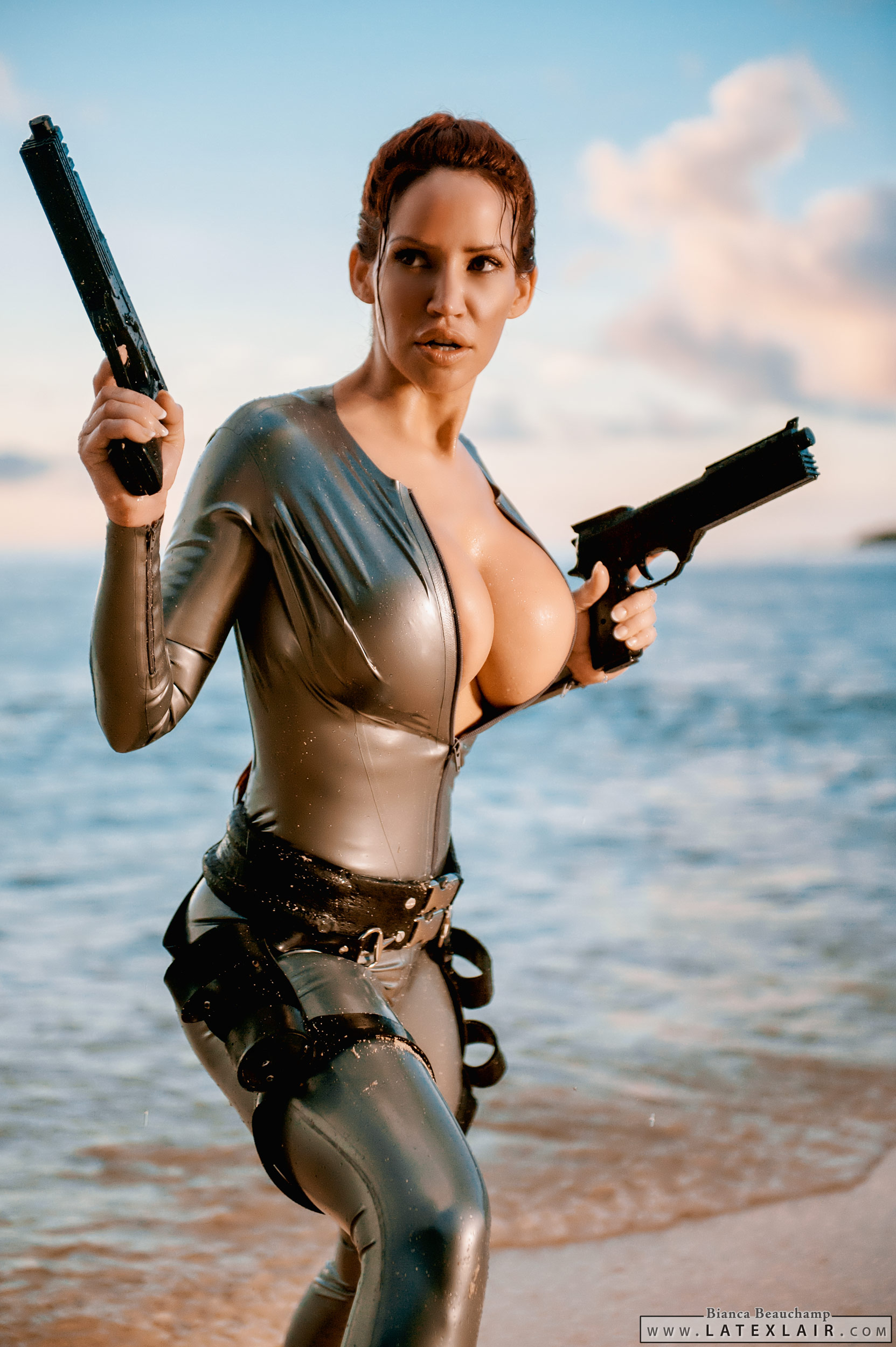Hot tomb raider boobs adult photo