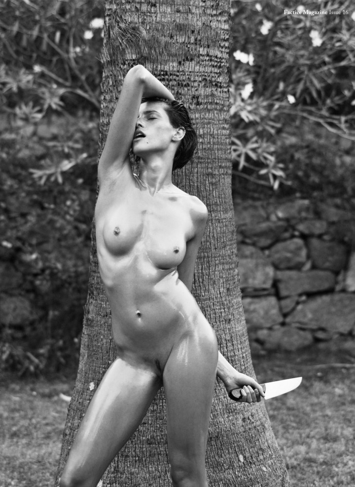 Sexy girl with knife.jpg