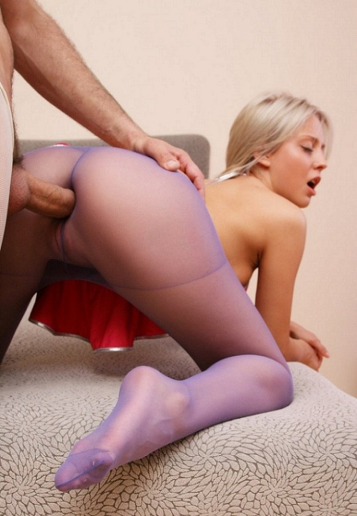through her pantyhose and into her ass.jpg