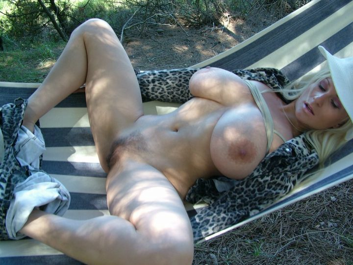 Awesome blonde in hammock.jpg