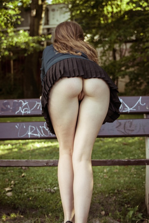 park bench pussy from behind.jpg