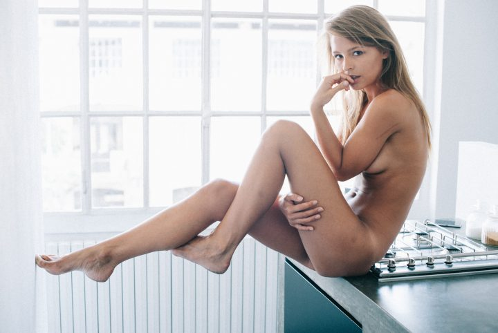 Marisa Papen nude in the kitchen.jpg