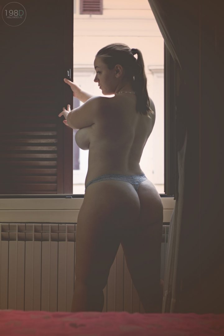 curves in the window.jpg