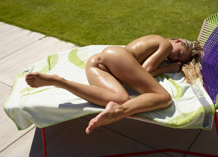 oiled up and in position.jpg