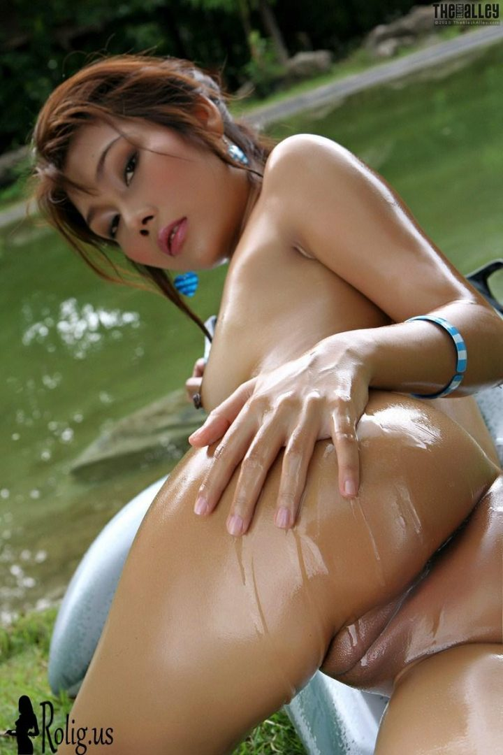 oiled up asian.jpg