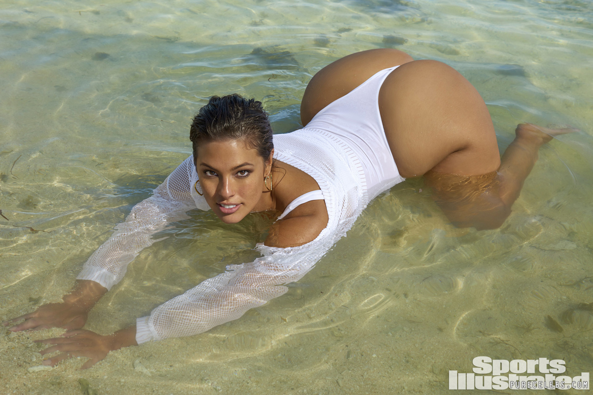 ashley graham has a big bootie.jpg