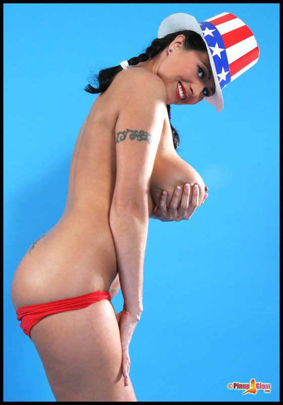 Taylor Kennedy celebrates the 4th of July at PinUpGlam.com