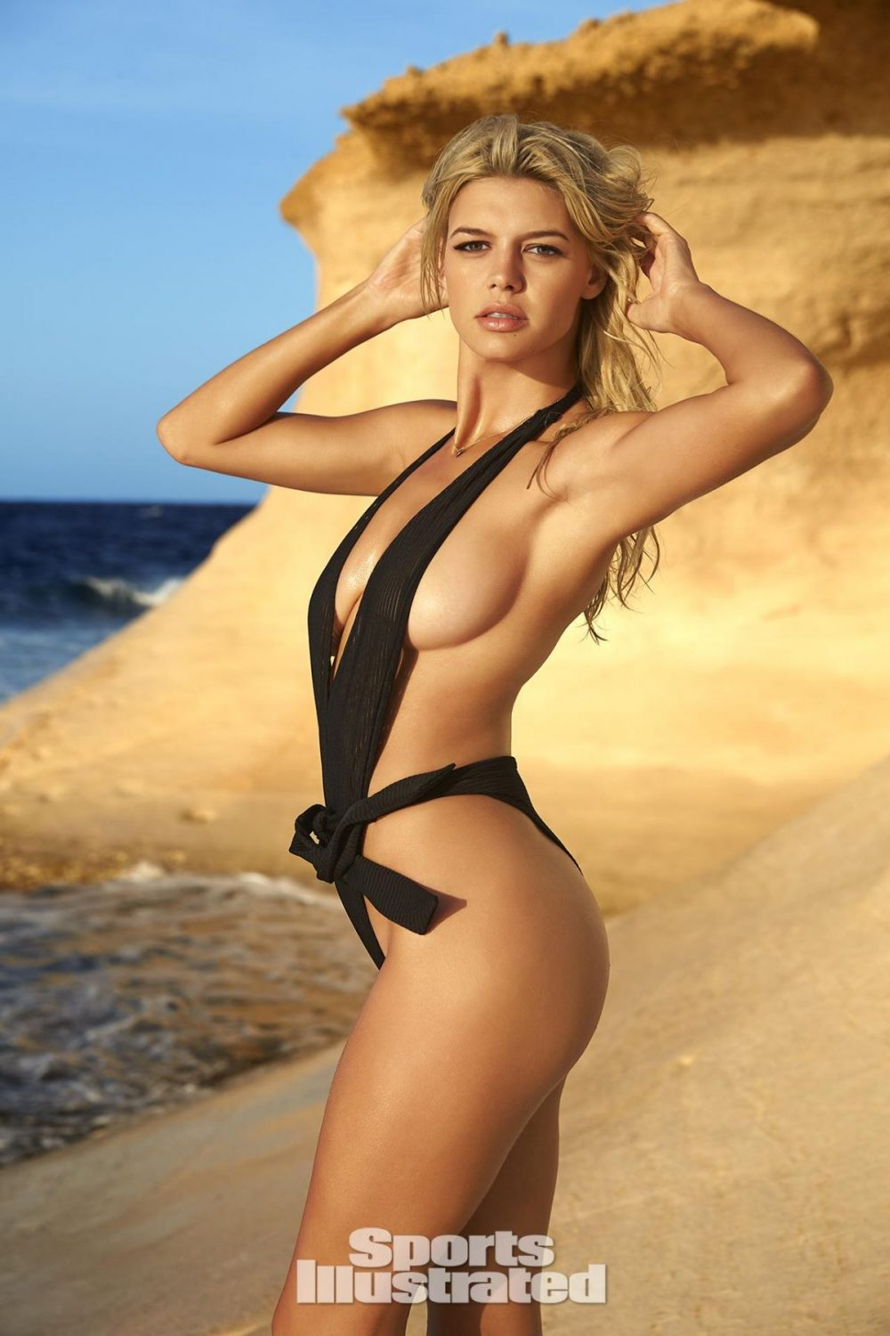 kelly rohrbach showing off her arm pits 1000x1500 Kelly Rohrbach showing off her arm pits