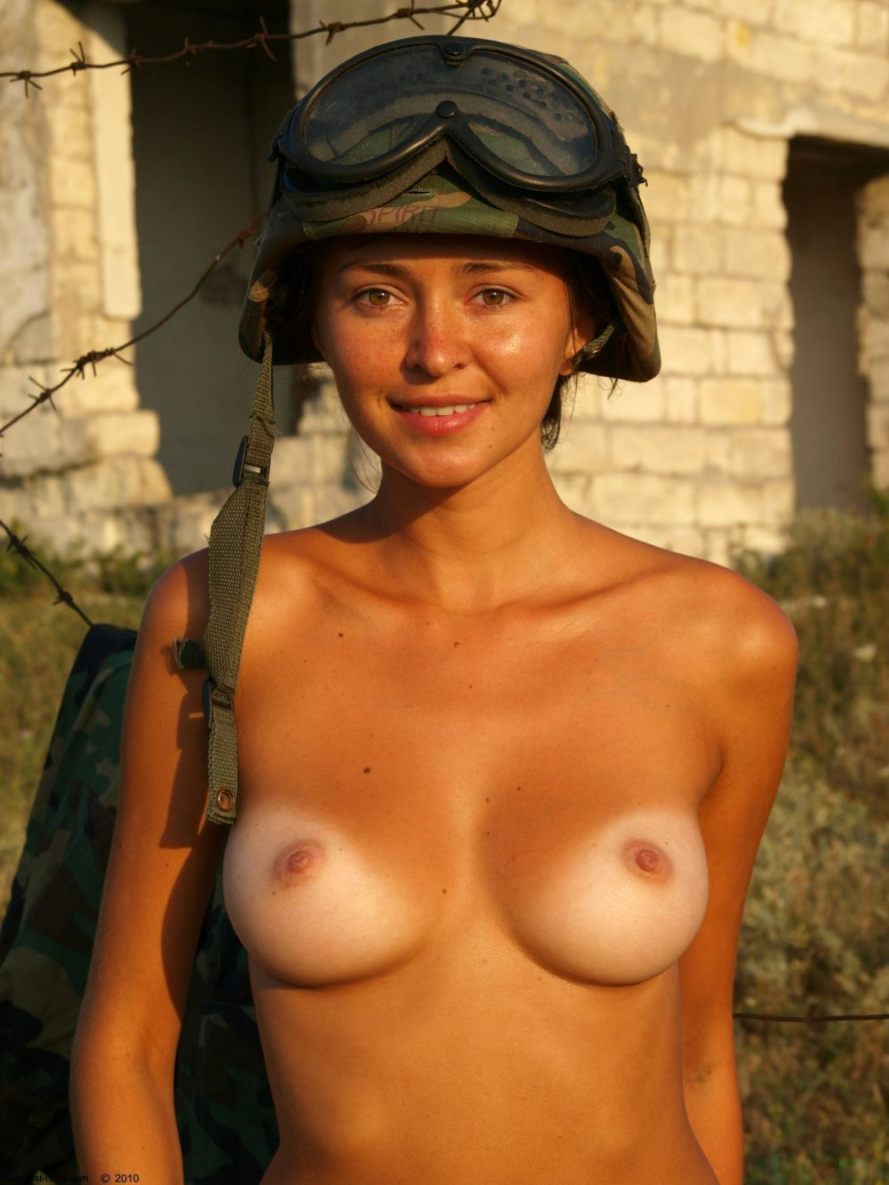 nude soldier 1000x1333 nude soldier