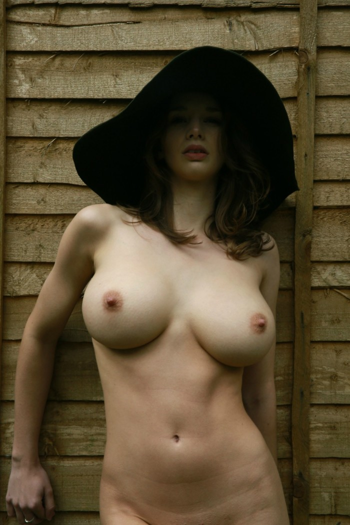 Terrific tits - floppy hat.jpg
