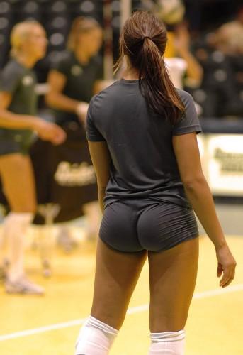 volley ball ass