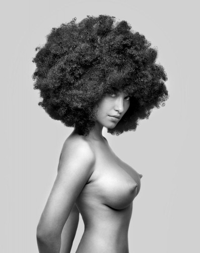 nude afro girl