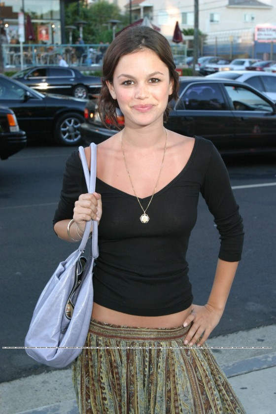 rachel-bilson-see-through-shirt-1 (4)