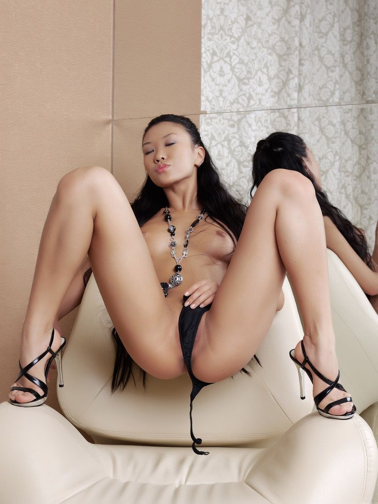 asian in chair (4)