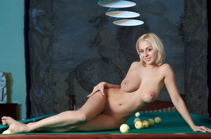 busty girl in a pool hall 10 700x463 pool table hottie