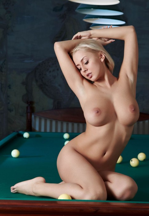 busty girl in a pool hall 18 484x700 pool table hottie