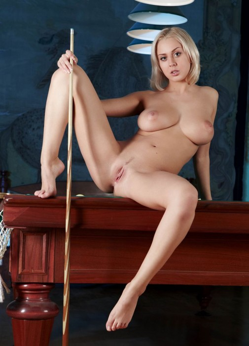 busty girl in a pool hall 19 505x700 pool table hottie