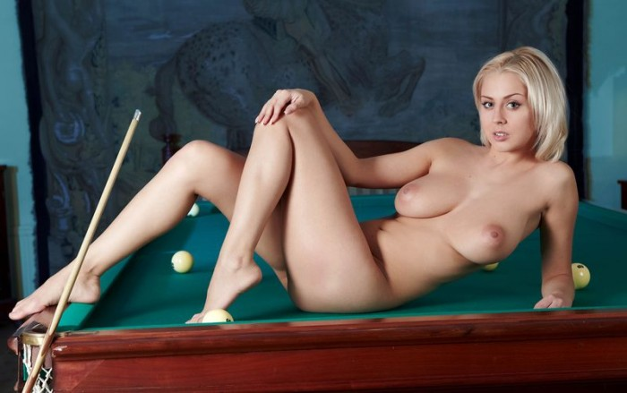 busty girl in a pool hall 6 700x439 pool table hottie