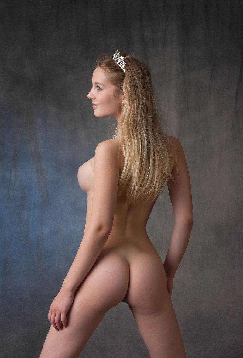 Naked nicole watterson