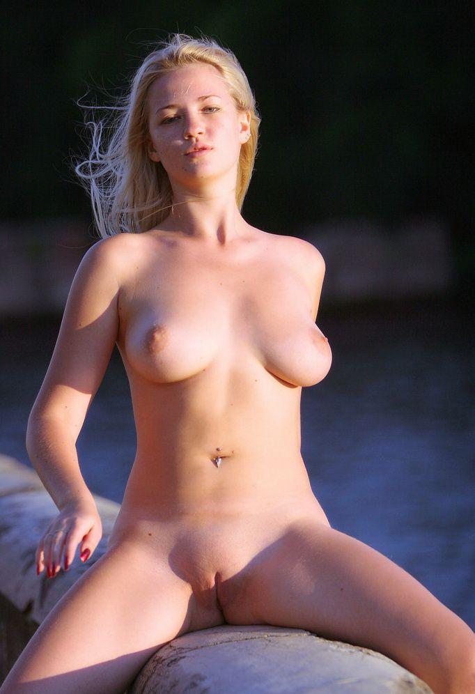 retention wall blonde (7)