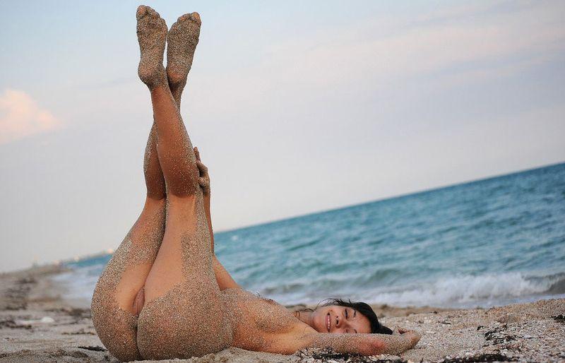 sandy beach woman (14)