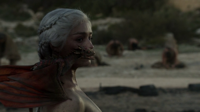vlcsnap 00028 700x393 Game of Thrones   Dragon Queen