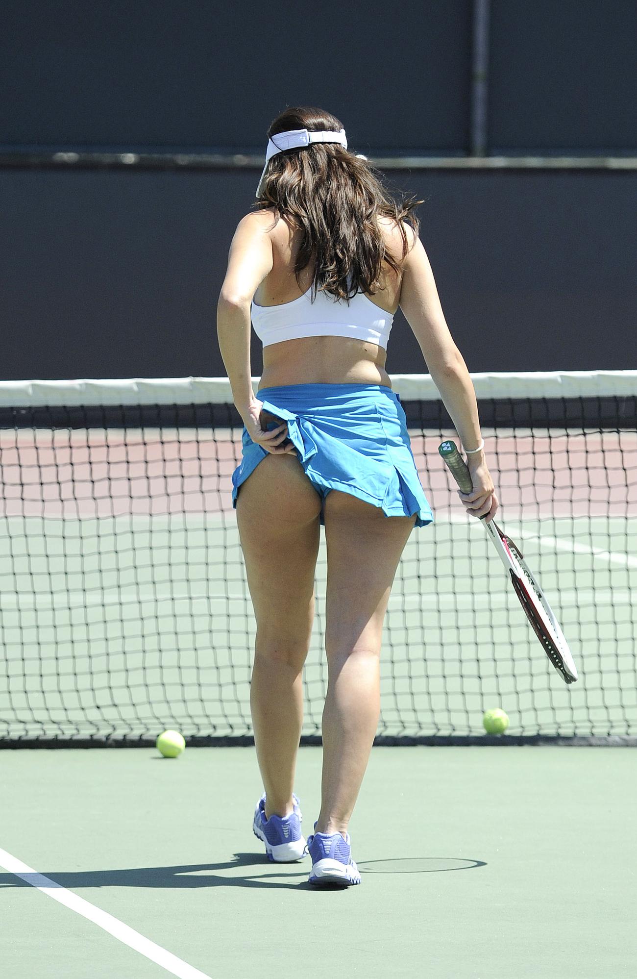 imogen-thomas-tennis-4