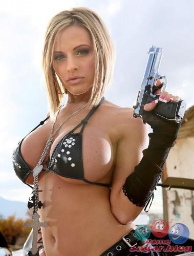 busty pistol