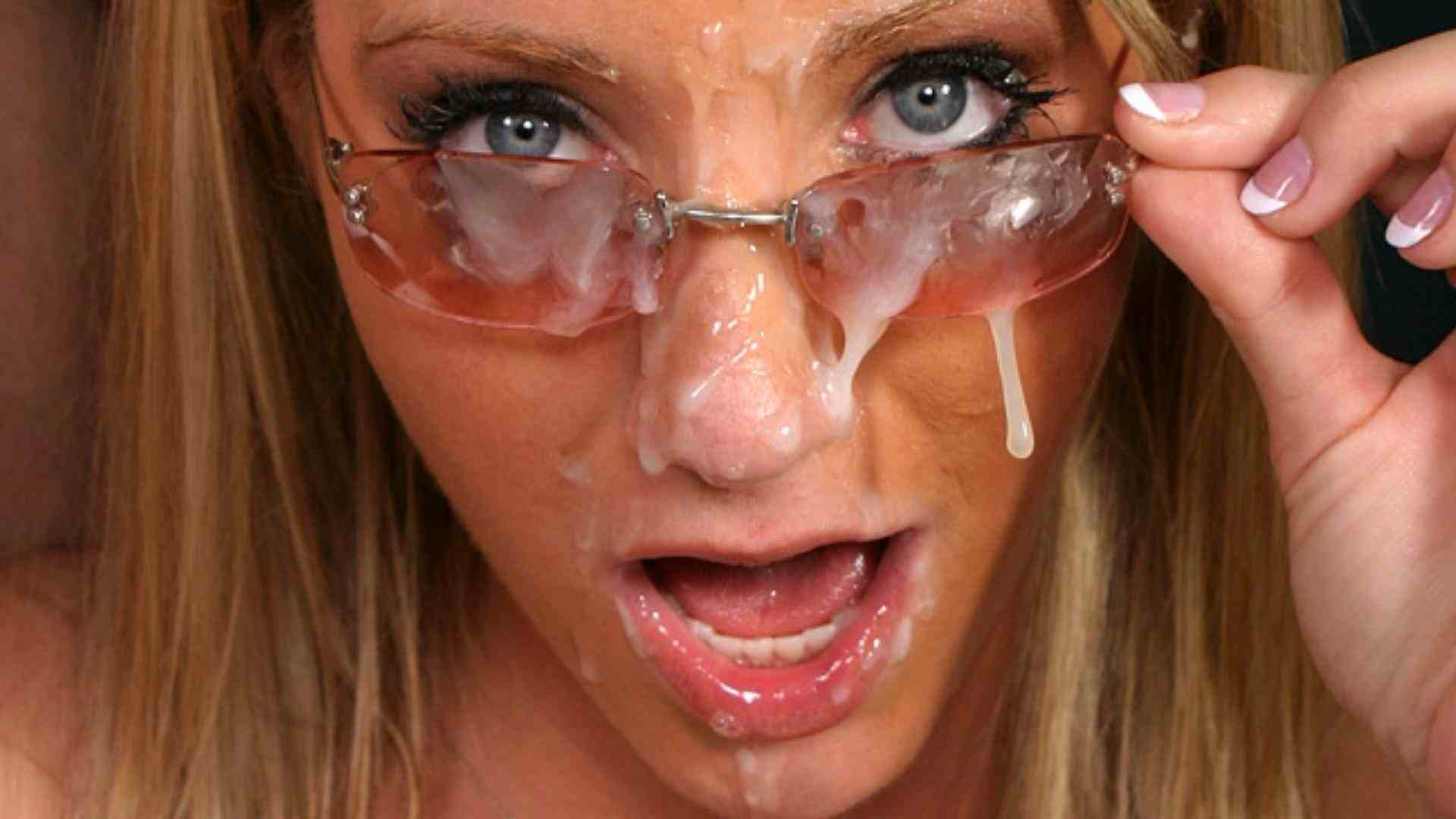 Teen girl glasses facial