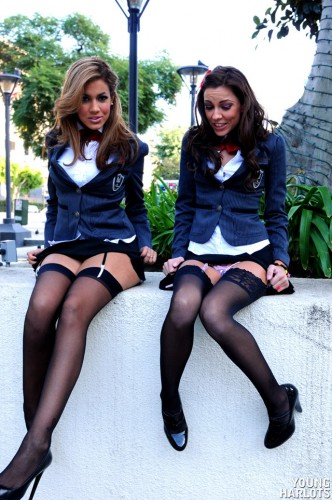 school girl upskirts
