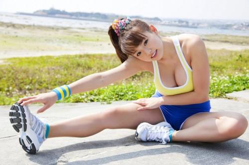 top heavy asian jogger
