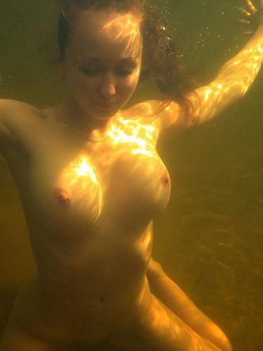 underwater boobs float