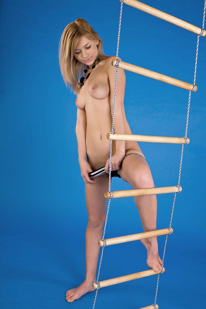 Blue Room Ladder Girl (4).jpg