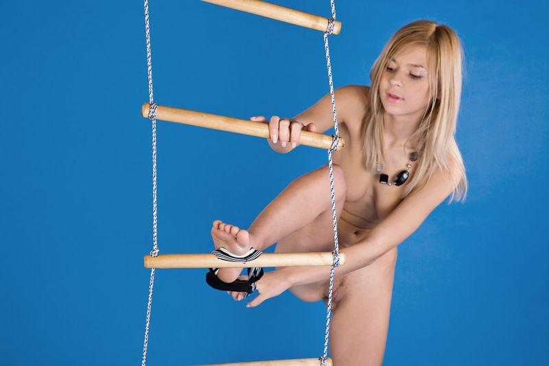 Blue Room Ladder Girl (5).jpg