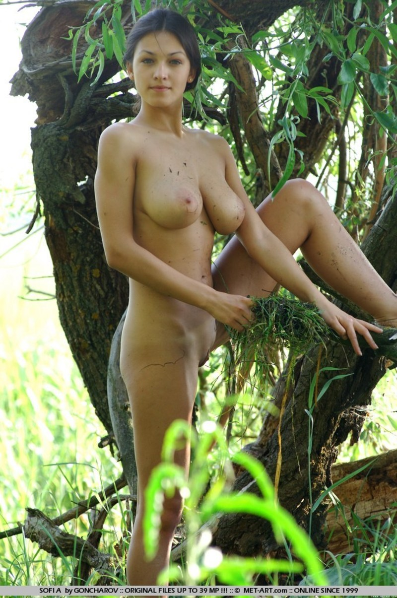 Swamp girl porn nude gallery