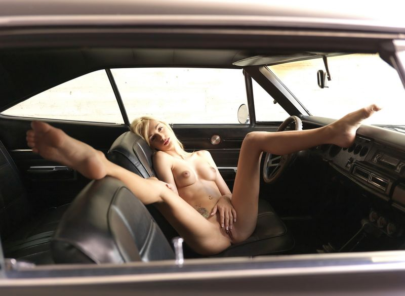 hot girl in a hot car (12).jpg