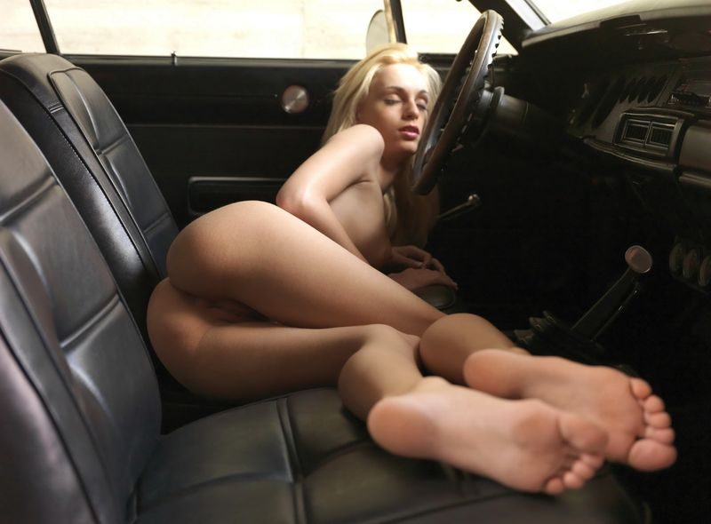 hot girl in a hot car (17).jpg