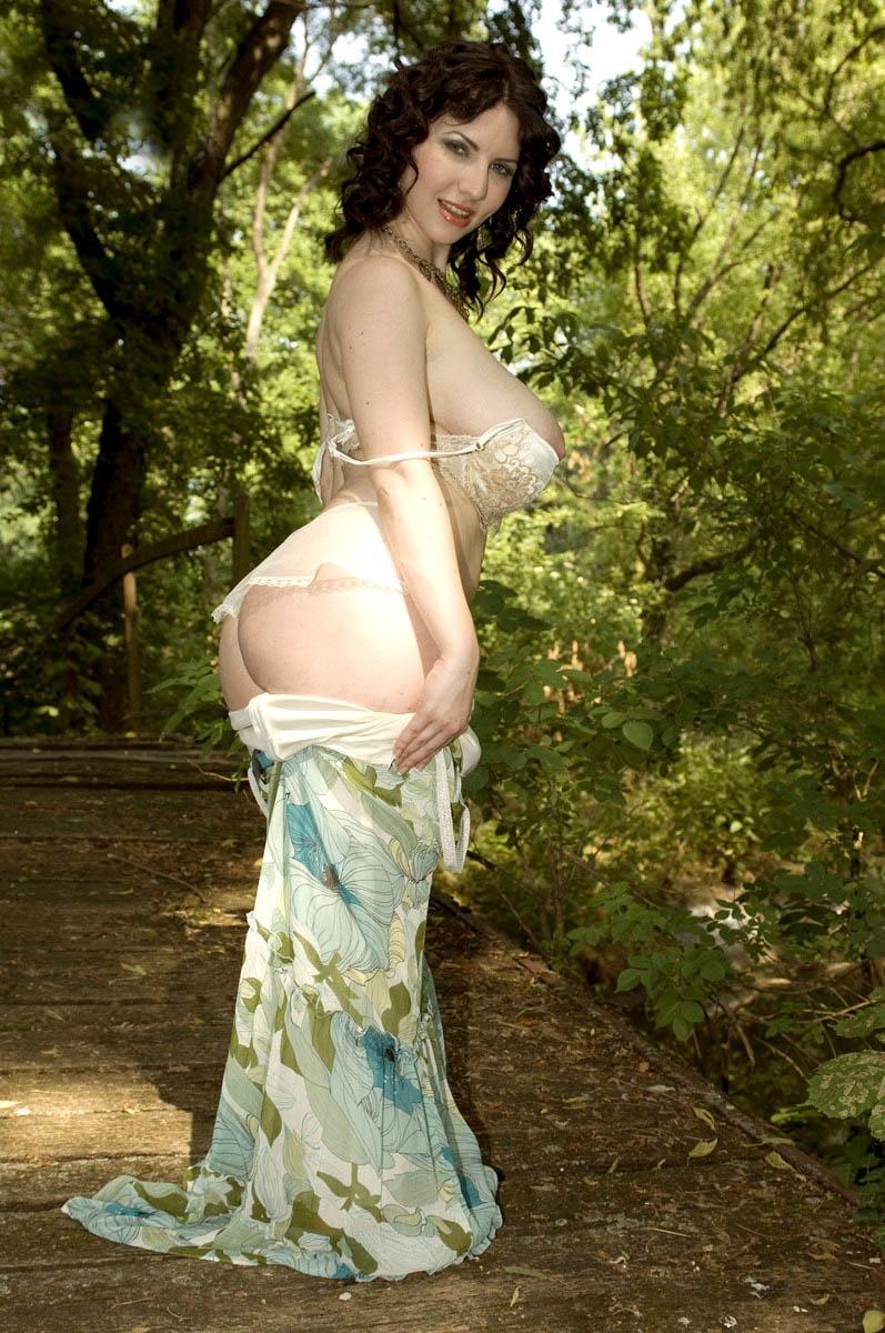 massive forest girl (5).jpg