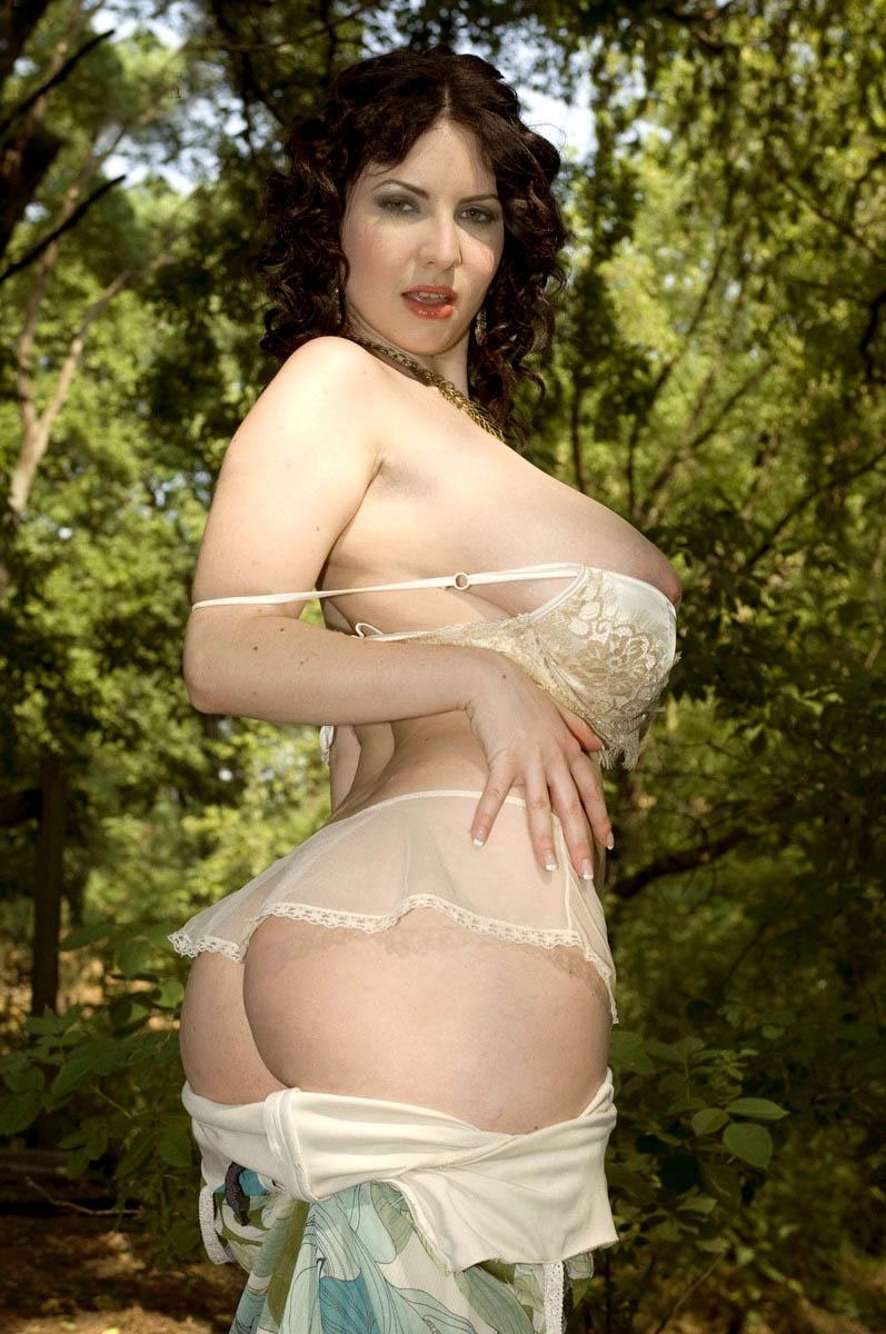 massive forest girl (6).jpg