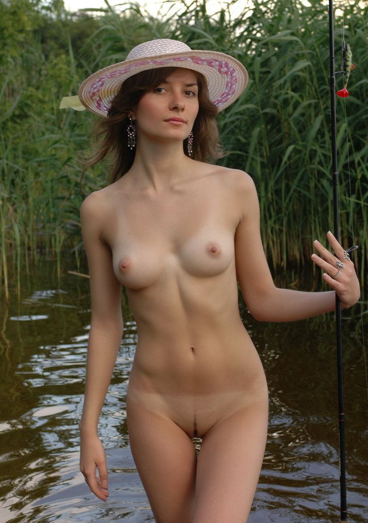 fishing Nude girl fly