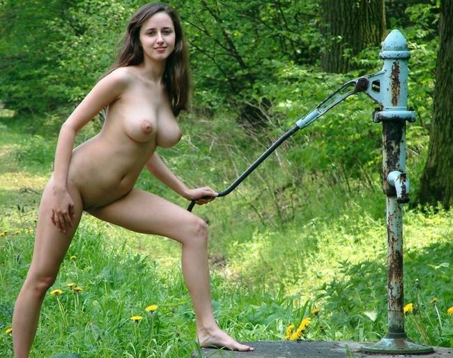 фото сельских голых женщин