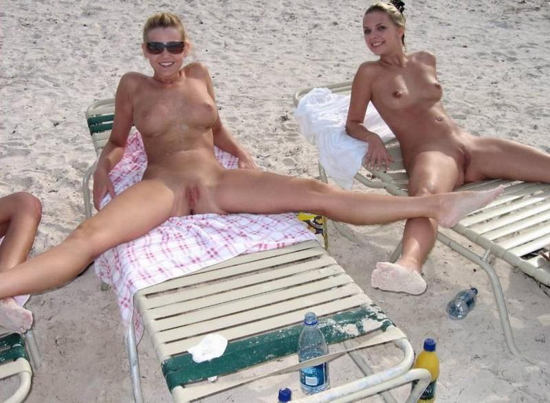 голые и пьяные на пляже фото