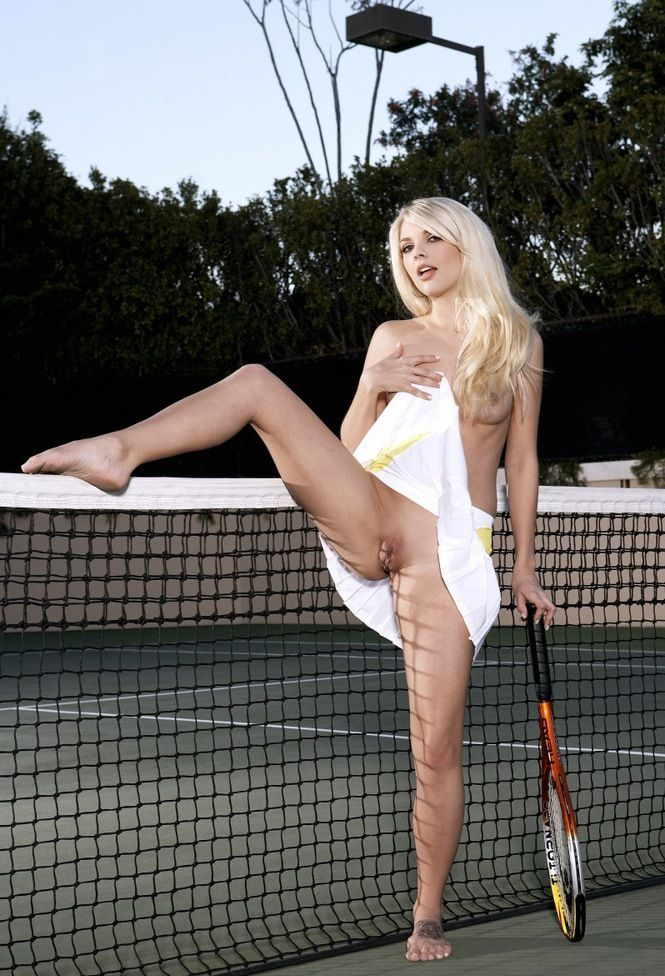 sexy tennis slut (8).jpg