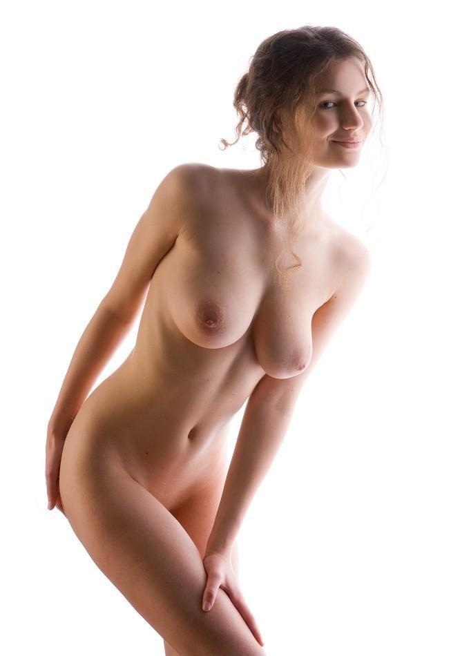 Фото голые девушки белом