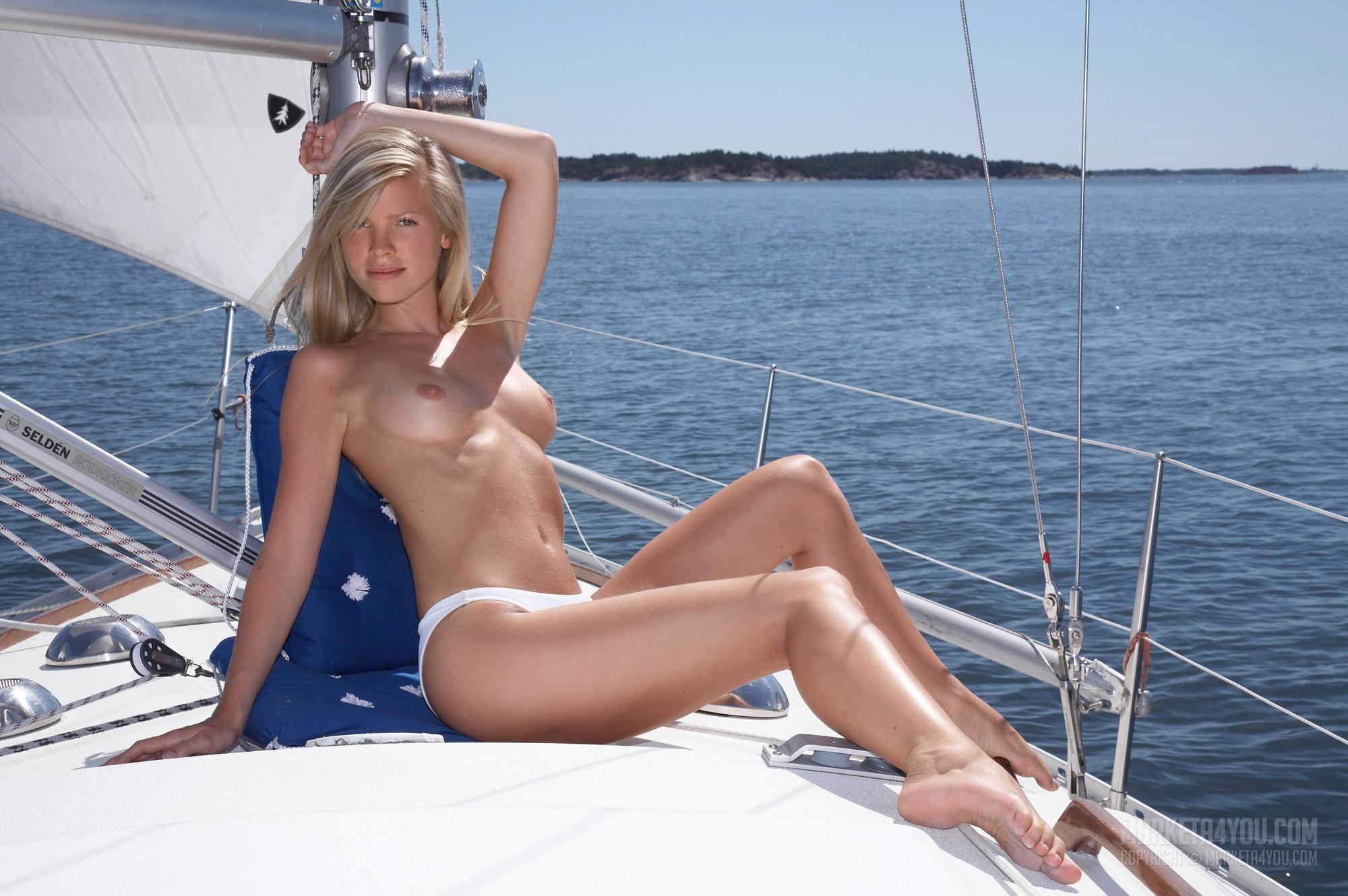 Saililng Sweden (11).jpg
