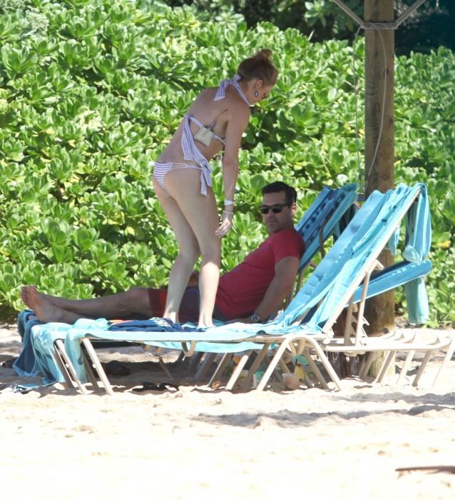 LeAnn Rimes bangtidy net 416024 638x700 LeAnn Rimes – wearing a bikini in Mexico