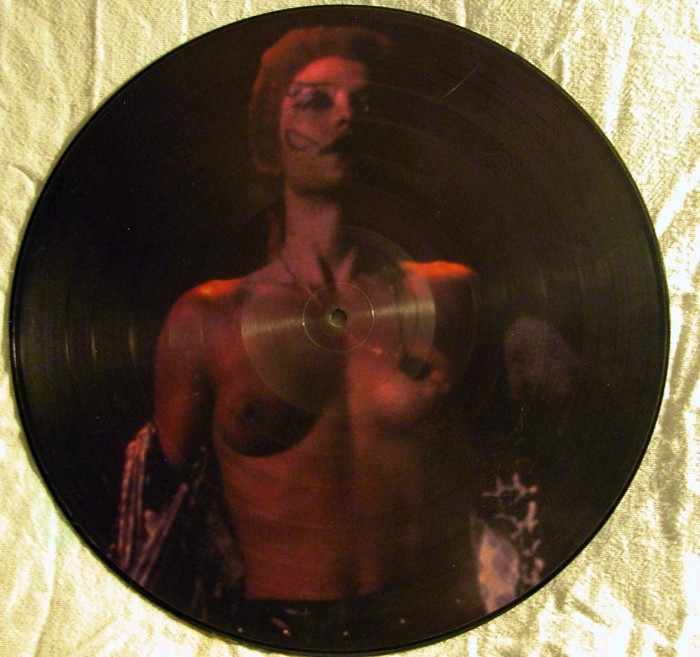 Return of the Living Dead Picture Disk - Side B.jpg (860 KB)