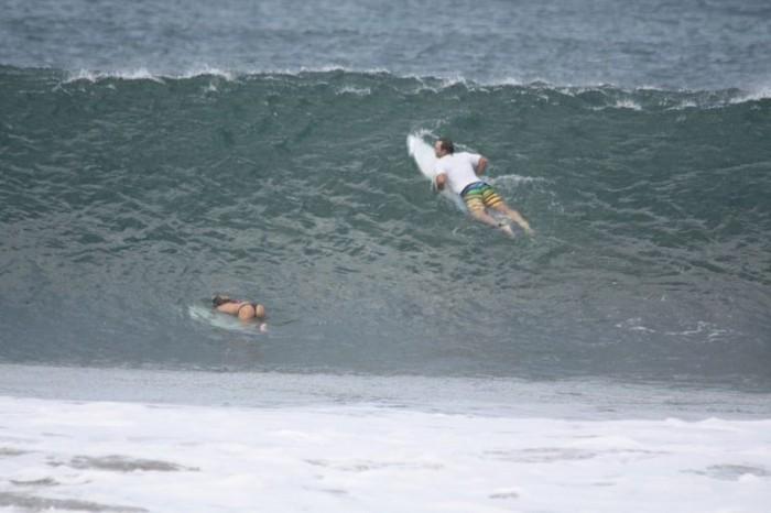 Nicaragua-Duck-Dive-Spring2011.JPG (70 KB)